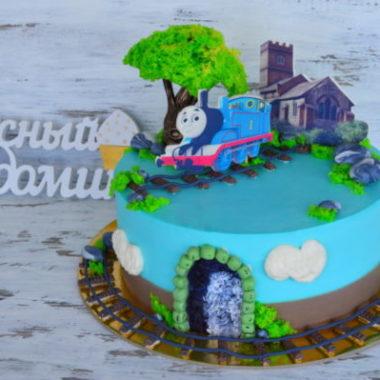 торт с паровозиком